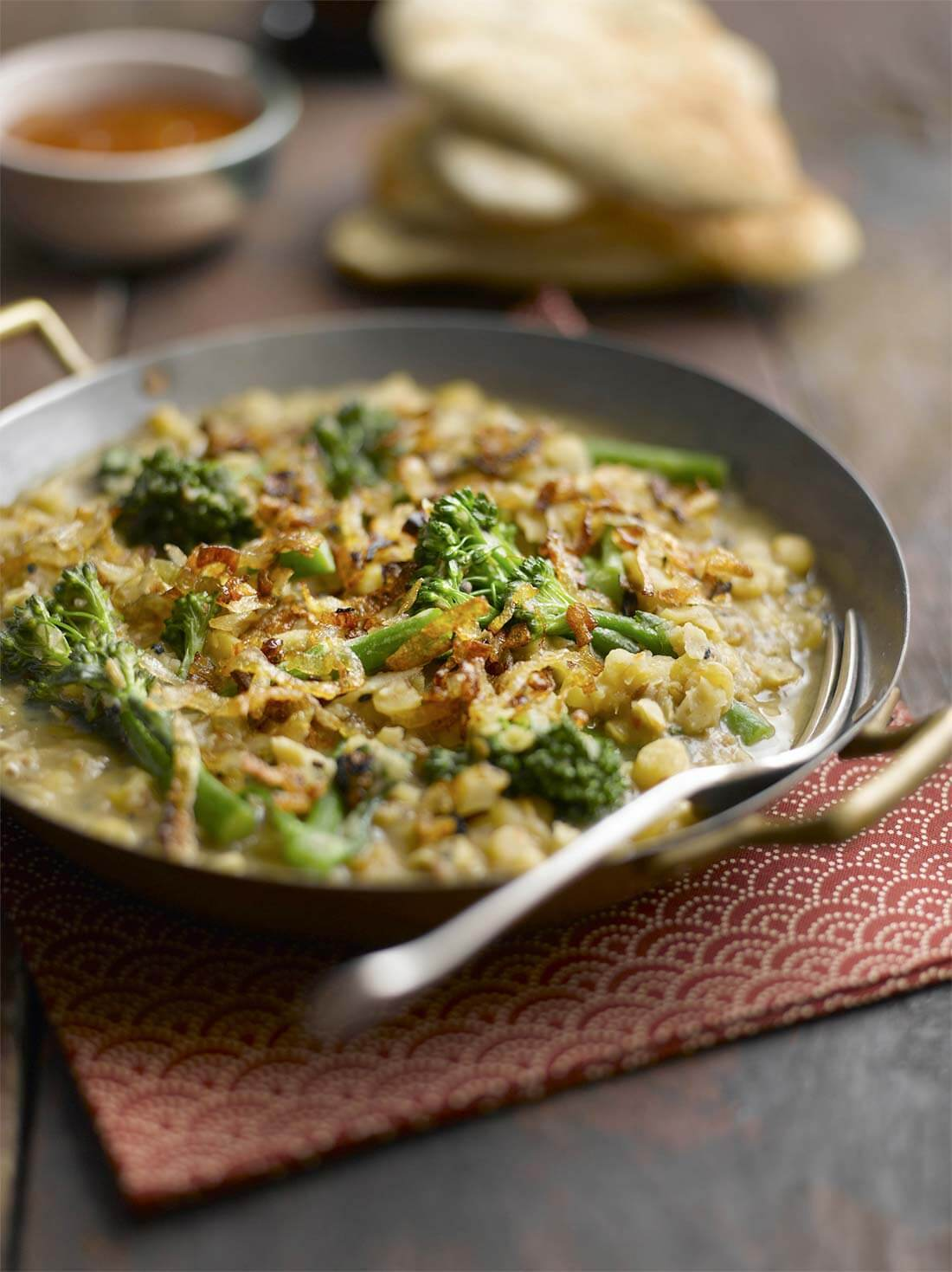 Tenderstem-and-split-pea-curry-with-caramelised-shallots-1mb