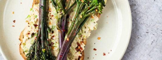 Tenderstem broccoli bean mash toast